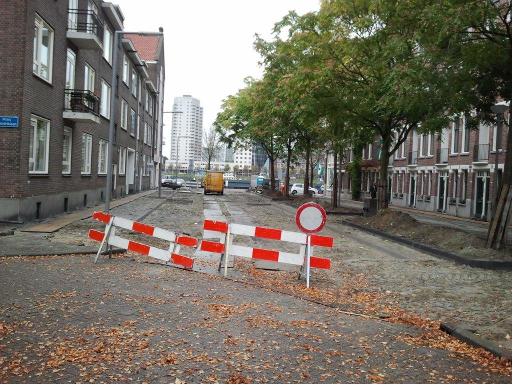 Opknapbeurt Sleephellingstraat Feijenoord grote afknapper stichting De Bomenridders Rotterdam